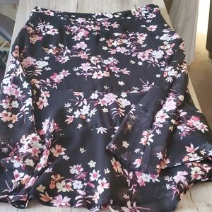 Christopher & Banks flowy floral skirt size 8